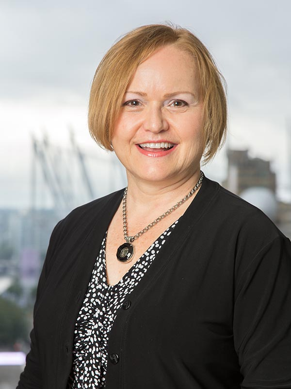 Karen Epp, Senior Recruiter and Headhunter in the Accounting and Finance sectors