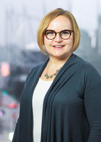 Karen Epp, Senior Recruiter