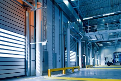 As the economy reopens, warehouses and transporters re-evaluate needs, relying upon man and machine to tackle supply chain challenges.